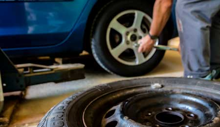 Tire change and repair service